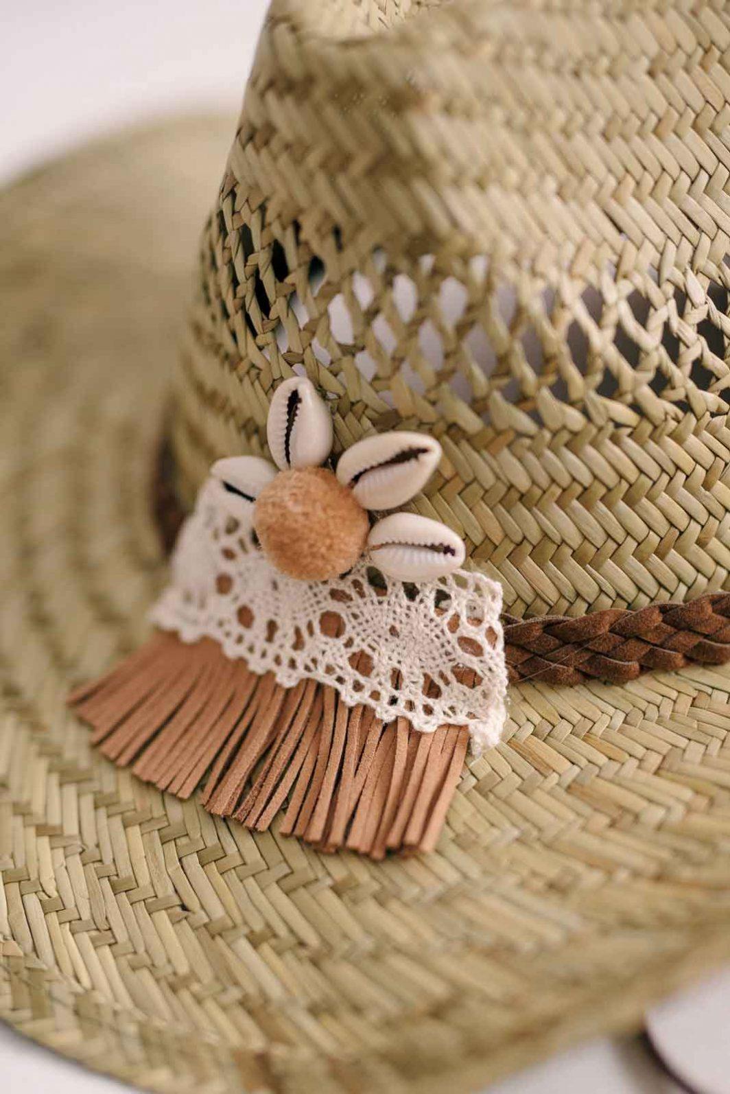 sombrero cowgirl